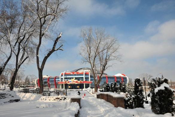 Красота заснеженного Донецка: фоторепортаж