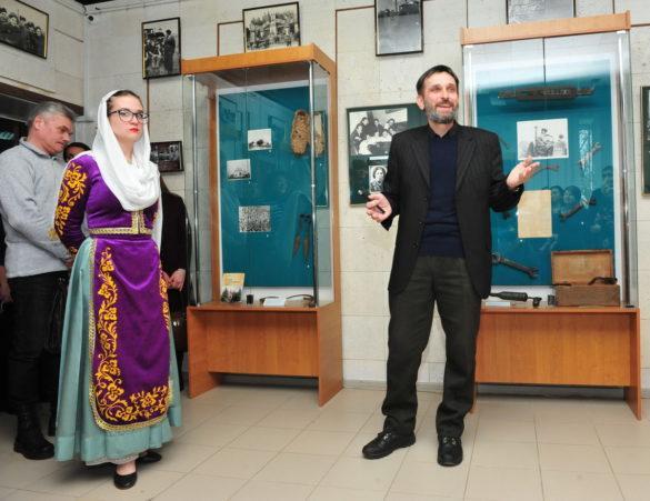 Личные вещи Паши Ангелиной – в Донецке
