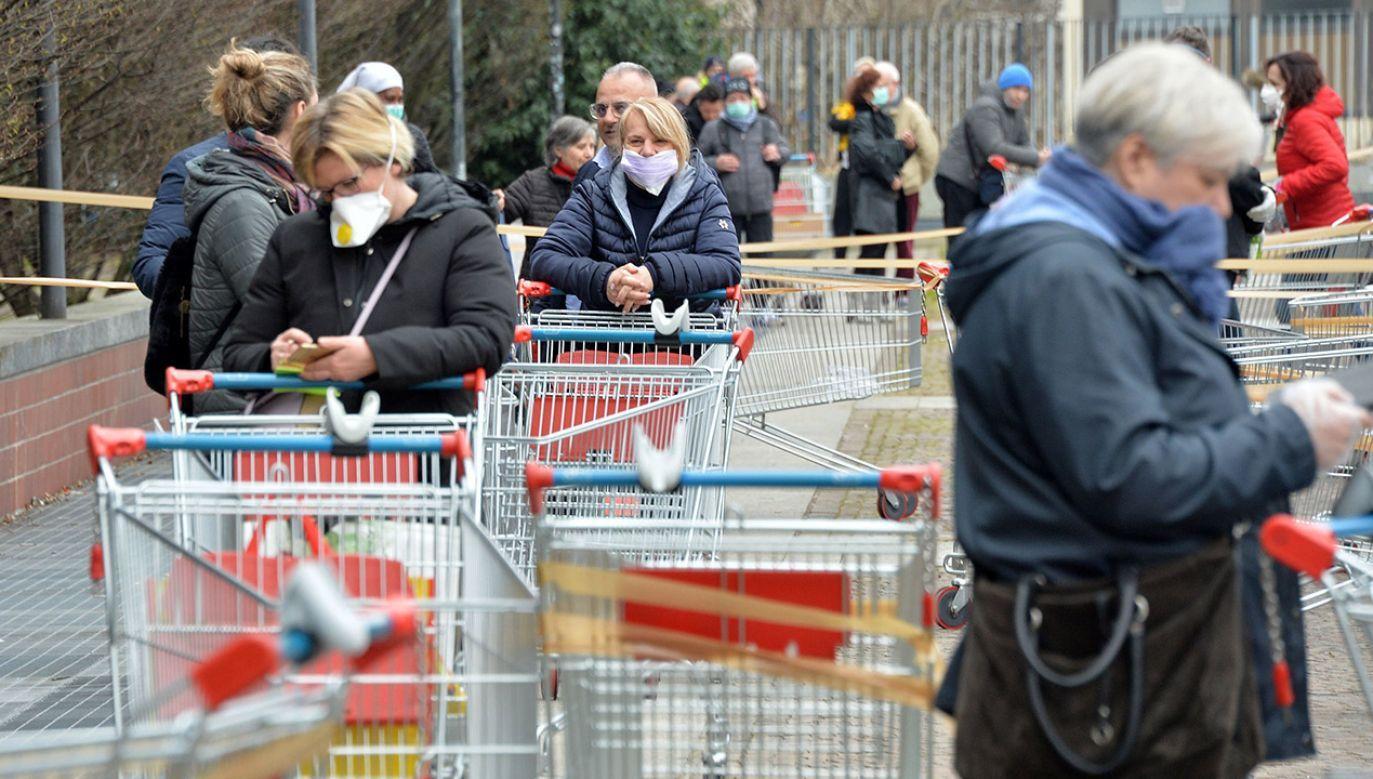 В Киеве будут работать только аптеки и некоторые магазины