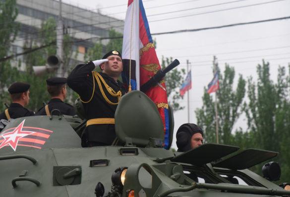 Как это было в 2017-м: Парад Победы и Бессмертный полк в ДНР (подробный фоторепортаж)