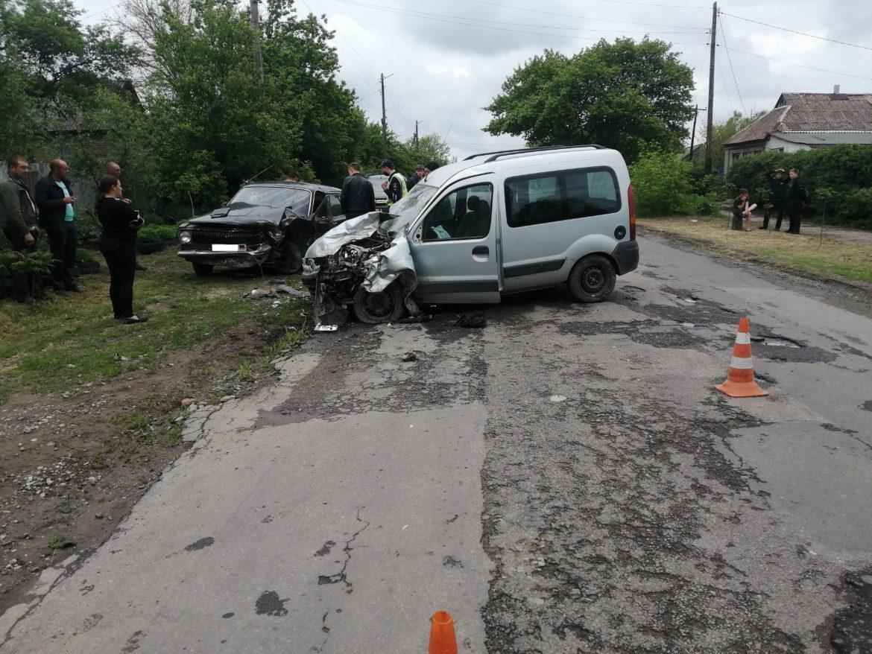 Жители Енакиево пострадали в ДТП