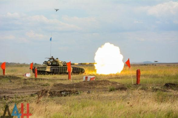 Соревнования танкистов в Торезе (фоторепортаж)