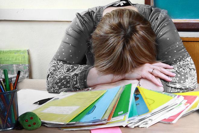 Украина снова «режет» учителей