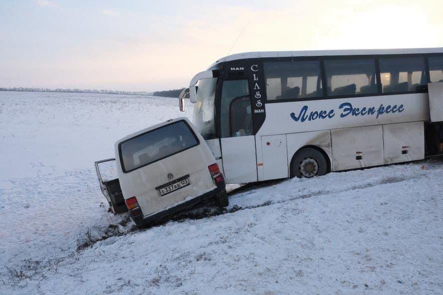 Донецкий автобус снова попал в ДТП в Ростовской области