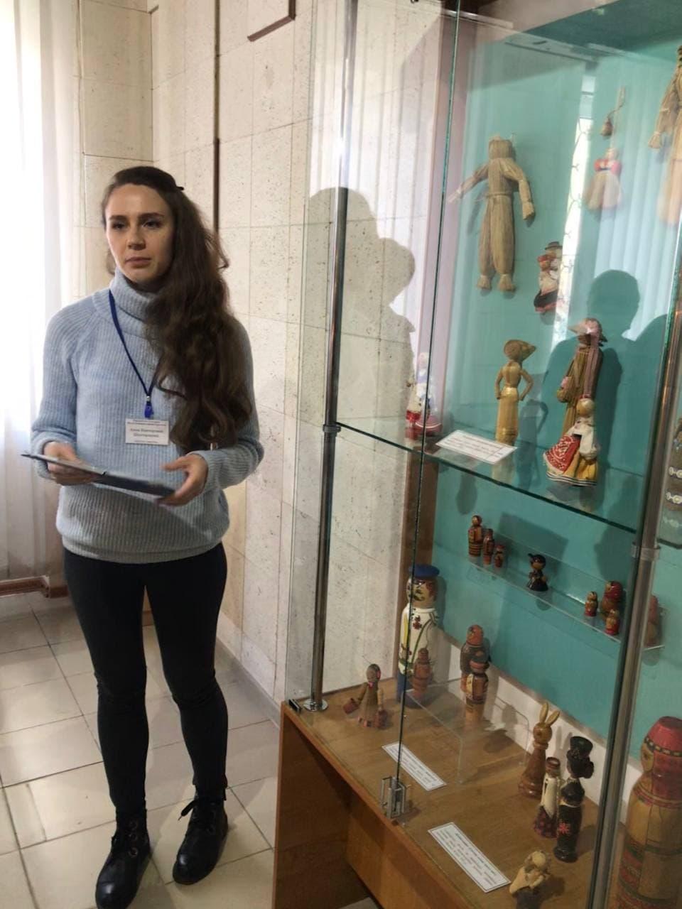 Кукольный мирок в Донецком музее