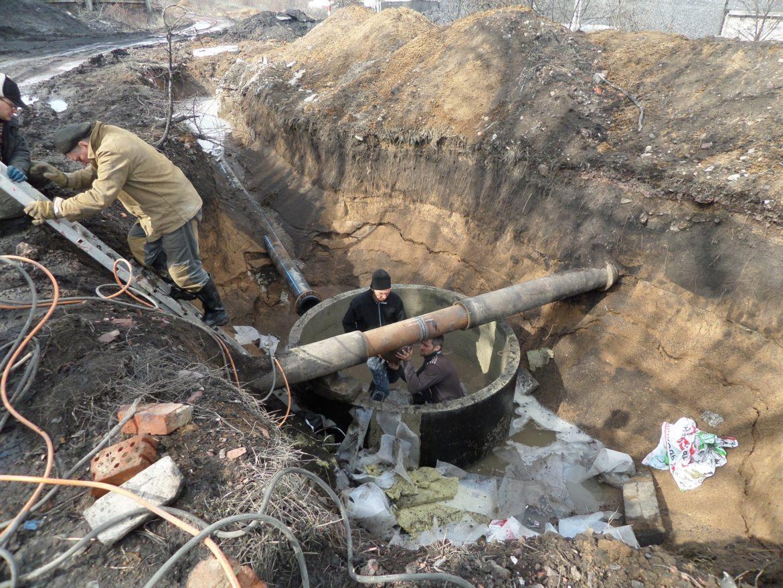 Работы на новом водоводе в Снежном близятся к завершению