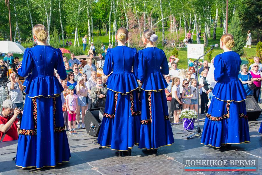 Яркий концерт коллектива «Казачий двор»
