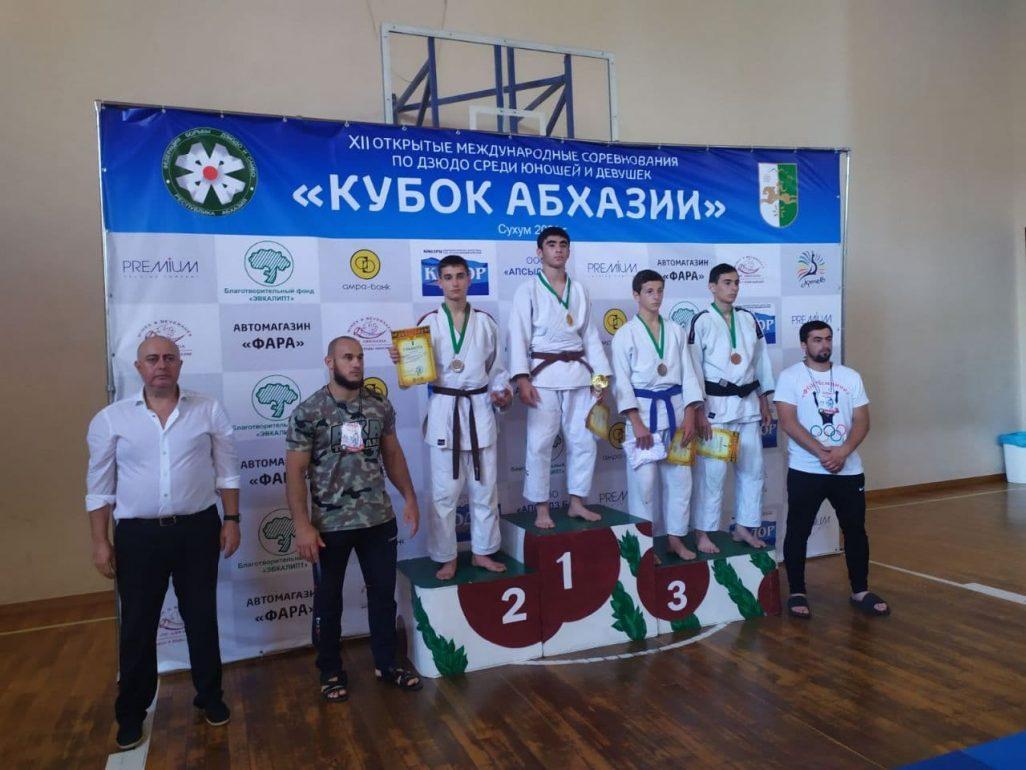Спортсмены ДНР привезли медали из Абхазии